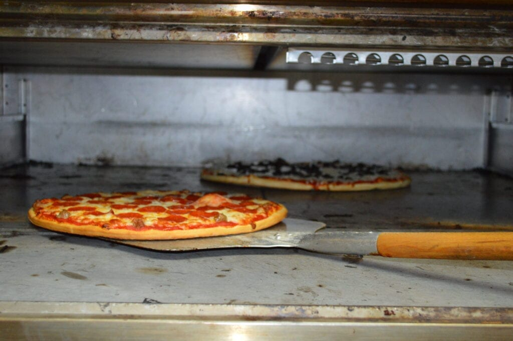 Fresh Hot Pizza Made to Order